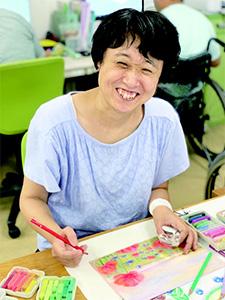 山崎佳子さん